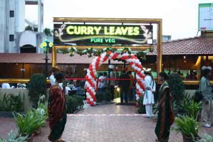 Hotel Curry Leaves